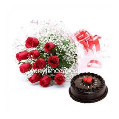 chocolate cake with red rose